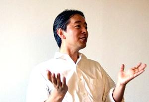 英語塾ロゴス代表 斉藤淳氏プロフィール