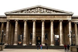 大英博物館正面玄関