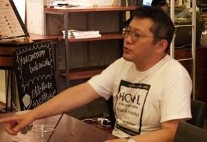 スタンダードブックストアのオーナー、中川和彦さん