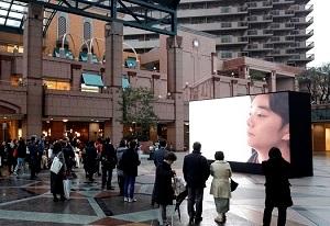 第7回恵比寿映像祭 オフサイト展示より瀬田なつき《5windows eb》2015